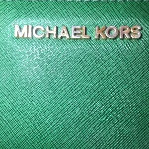 Michaels Kors Green Wallet